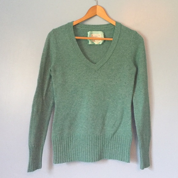 Old Navy - ⭐️SALE⭐ Old Navy Aqua Sweater from Emily's closet ...