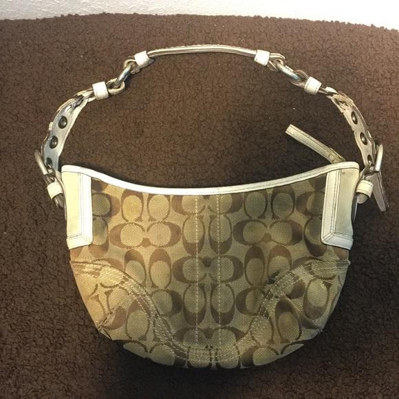 0d0fbaf67c (Old) Coach bag