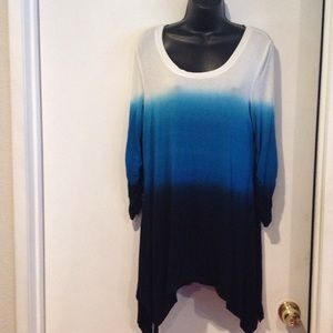 Grace Elements fade cream to blue and black top