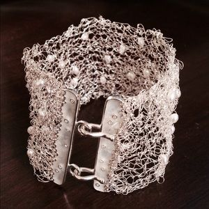 Jewelry - Hand made - knitted with silver plated wire