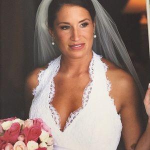 Alvina Valenta Dresses & Skirts - Alvina Valenta Wedding Gown