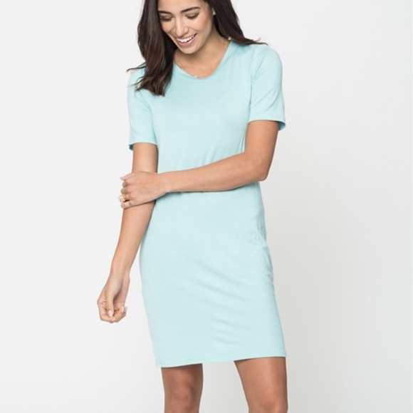 Dresses - NWT Mint T-shirt Dress