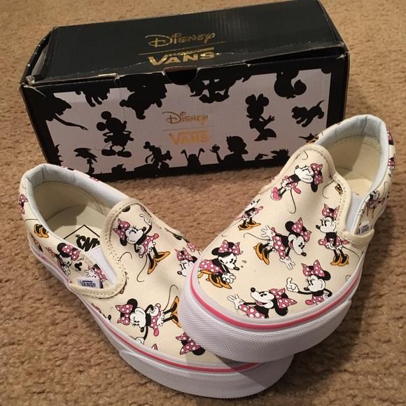 b0b15c8091 Disney Vans Minnie Mouse Classic slip ons