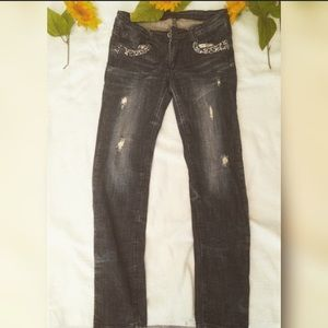 Love Culture Denim - Straight leg jeans .
