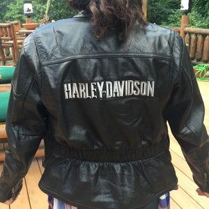 Harley Davidson jacket zipout outlining