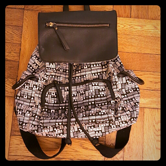 Madden Girl Handbags - 🍦Madden Girl Aztec Backpack🍦 350747b01ccd4