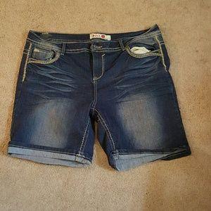 1st kiss Pants - Bermuda shorts