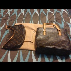 LV pouch bag Authentic AR1919 date code