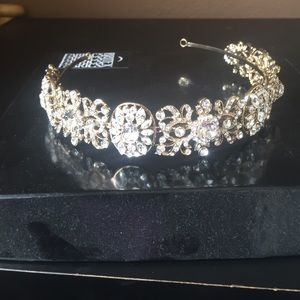 Jewelry - Rose gold diamond head band