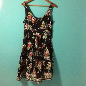 Aryeh Dresses & Skirts - Beautiful Navy Floral Dress.