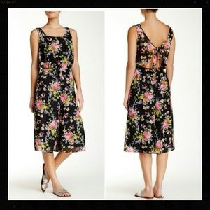 Mimi Chica Dresses & Skirts - SALE*MIMI CHICA Floral Tie Back Culottes NWT$65 XS