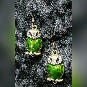 Jewelry - Green Owl Earrings