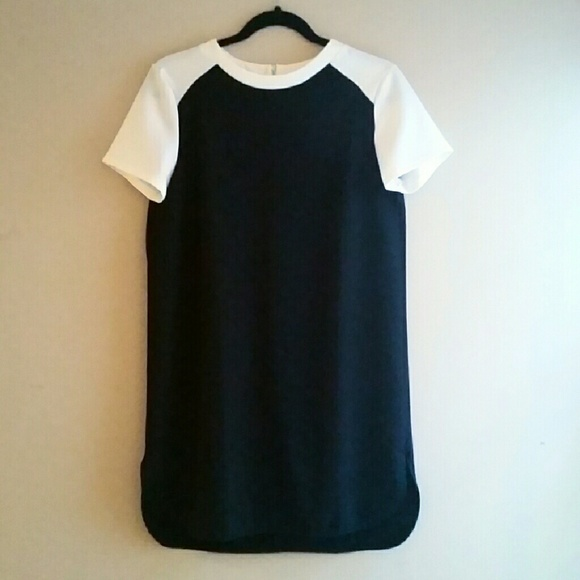Forever 21 Dresses & Skirts - F21 Sporty Dress - Size M