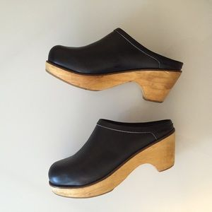 Urban Outfitters Shoes - Urban Outfitters Clogs
