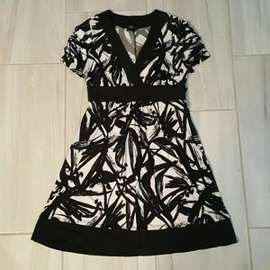 Iz Byer Dresses & Skirts - Black and White Fit and Flare Dress