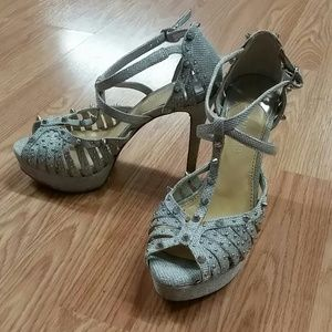 Gianni Bini Shoes