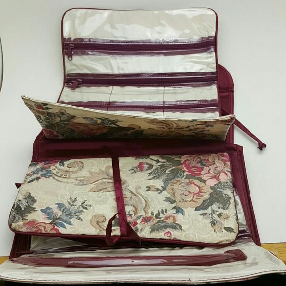 Vintage Bags - VINTAGE Floral Jewlery Bag