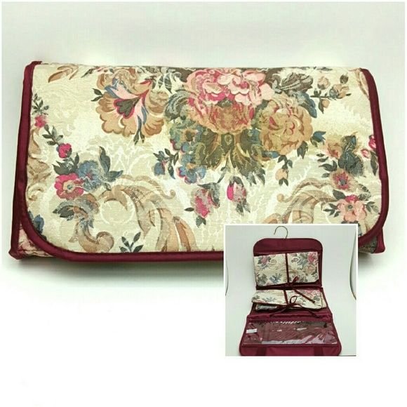 Vintage Handbags - VINTAGE Floral Jewlery Bag