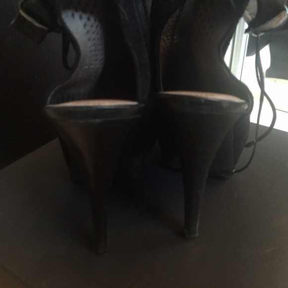 Kenneth Cole Shoes - Kenneth Cole Booties