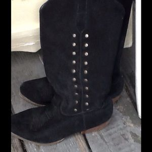 VTG NEWPORT NEWS STUDDED SUEDE COWBOY BOOTS