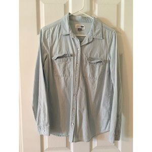 Old Navy Chambray Button-up - M