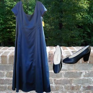 Jim Hjelm Occasions Satin Navy Blue Formal & Shoes