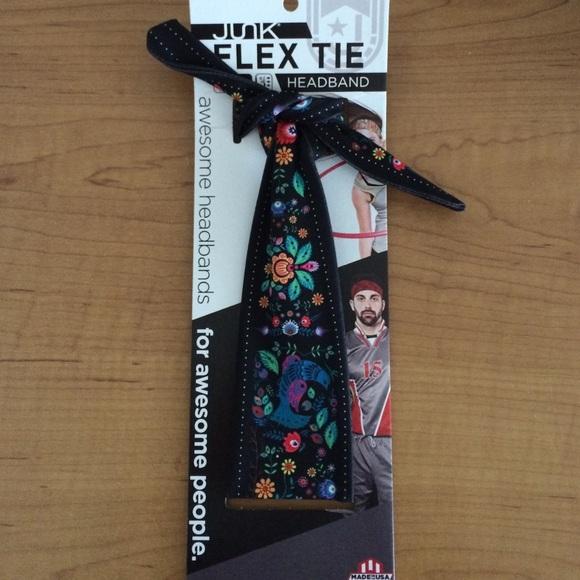 Junk flex-tie headband. M 578d44ceb4188e3db4067879 d3e9a8da010