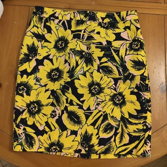 J. Crew Dresses & Skirts - 🌻J. Crew Pencil Skirt
