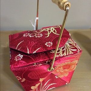 Handbags - 🙏🏾💕🙏🏾💕 Chinese Style Take-Out Box Purse