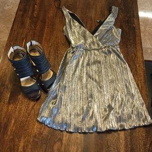 Dress metallic ✅