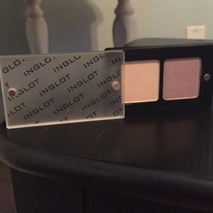 INGLOT Other - Inglot Eyeshadow Duo