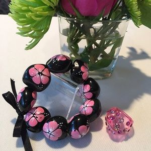 Jewelry - Jewelry Bundle Painted Bracelet/Pink Plastic Ring