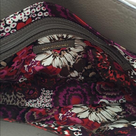 46 Off Vera Bradley Handbags 🍂sale🌻 Vera Bradley