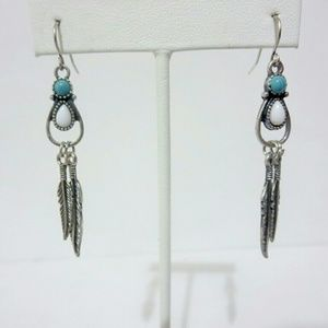 Jewelry - Unique Silver Leaf Drop Dangle Earrings