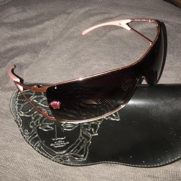 cc72f201f66c Versace sunglasses model 2048 1115 8g 120. M 578de225f0137d7391014eb5