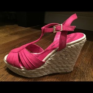 American Eagle by Payless Shoes - Women's - American Eagle Wedges - new!!