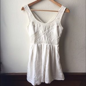 American Eagle Outfitters Dresses & Skirts - AEO Eyelet Lace Dress