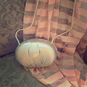 La Regale Handbags - Silver evening bag.