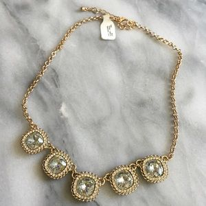 Jewelry - NWT - gold and crystal statement necklace