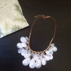 Forever 21 Jewelry - F21 white and gold statement necklace