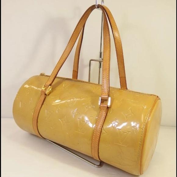 4341ff194604b Louis Vuitton Handbags - 💯% Authentic Louis Vuitton Bedford Vernis bag