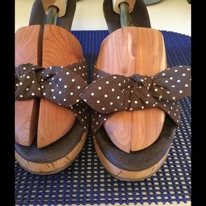 Shoes - Brown polka dot sandals 🌞☀️🌞