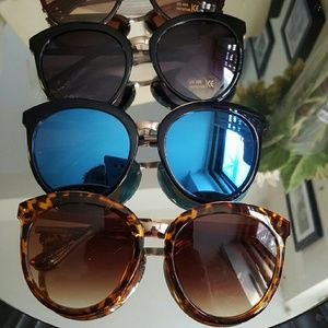 Accessories - Cat eye big sunglasses mirrorred blue