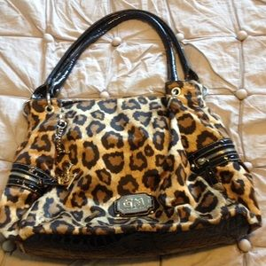 Gia Milani Handbags - GIA MILANI LEOPARD MEDIUM SIZE SHOULDER PURSE