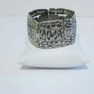 Jewelry - Hammered Silver Tone Stretch Bracelet