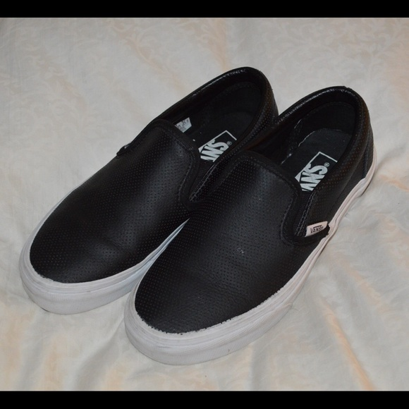 c9f9e0ba61 Vans Black Perf Leather Slip-On. M 578eacf82599fe98fc00fdcf