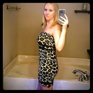NWOT Bodycon Strapless Leopard Print Dress Size M