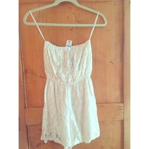 LF Paper Hearts Strapless Lace Romper NWT
