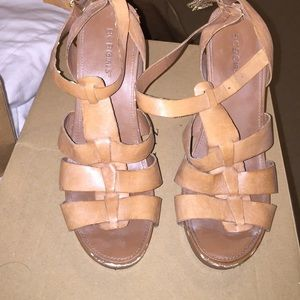 Bcbg camel leather heeled sandals