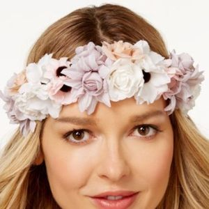 Collection XIIX Accessories - Mixed Floral Halo